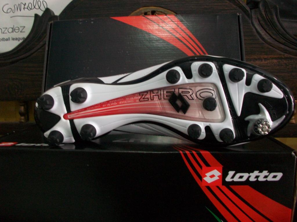 lotto zhero evolution fg sepatu bola sepatu futsal