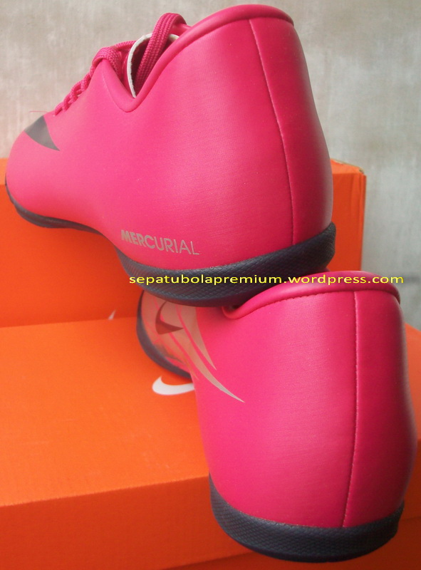 nike mercurial victory ic  cherry obsidian silver
