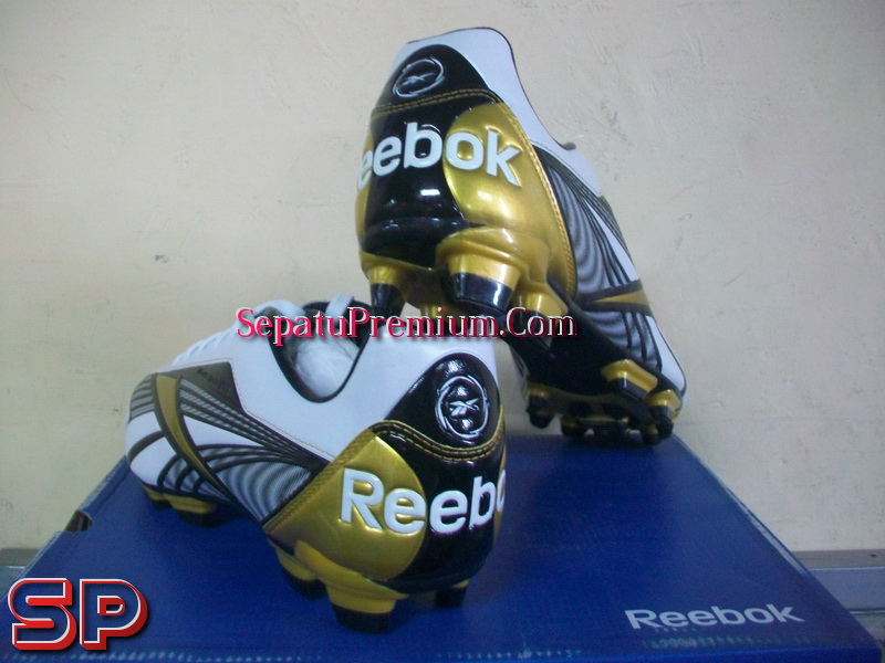 Sepatu Reebok Ls 100 Original sepatu bola reebok instante fg sepatu bola  sepatu 8a3d72d8cd