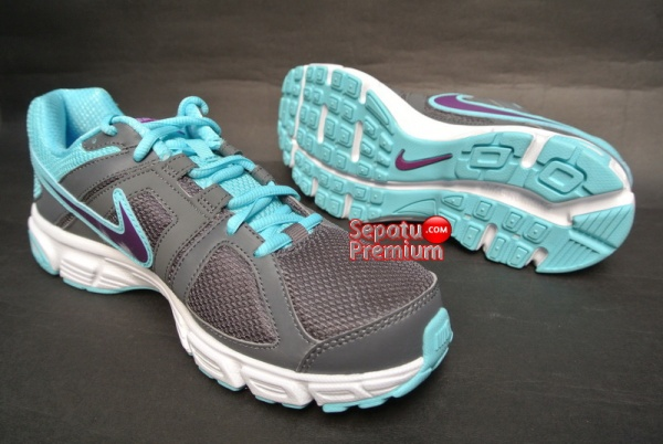 NIKE WOMENS DOWNSHIFTER 5 MSL Grey-Grape-Volt-White-outsole