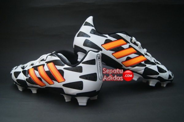 https://sepatubolapremium.files.wordpress.com/2014/06/adidas-nitrocharge-3-0-fg-world-cup-2014-white-gold-black-back.jpg?w=600&h=400