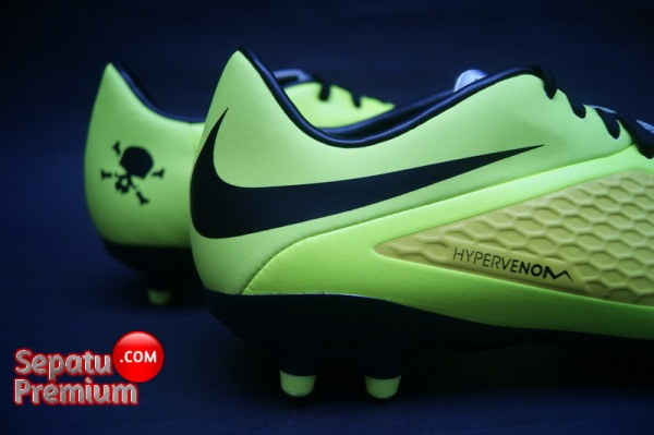 NIKE HYPERVENOM PHELON FG Yellow-Black-Silver-Volt-backlogo