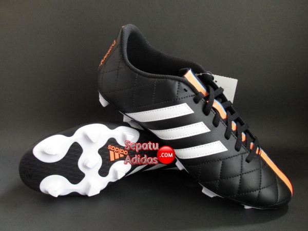 ADIDAS 11QUESTRA FG Black-White-Orange