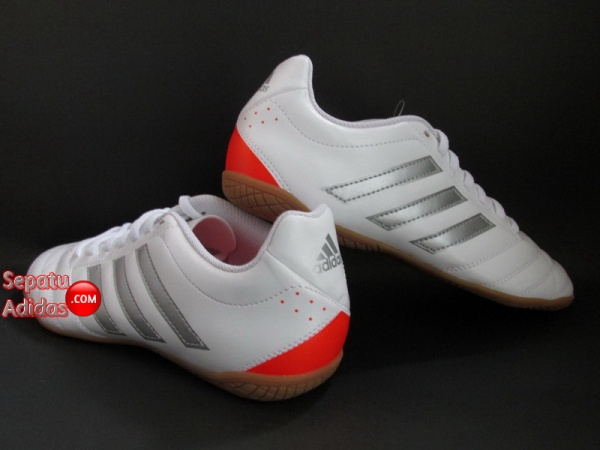 ADIDAS GOLETTO V IN White-Silver-Red SHOES