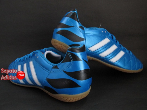 SEPATU ADIDAS 11QUESTRA IN Blue-White-Black 2015