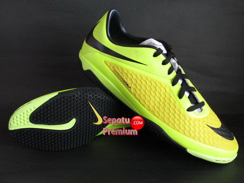 NIKE HYPERVENOM PHELON IC Yellow-Black-Silver-Volt